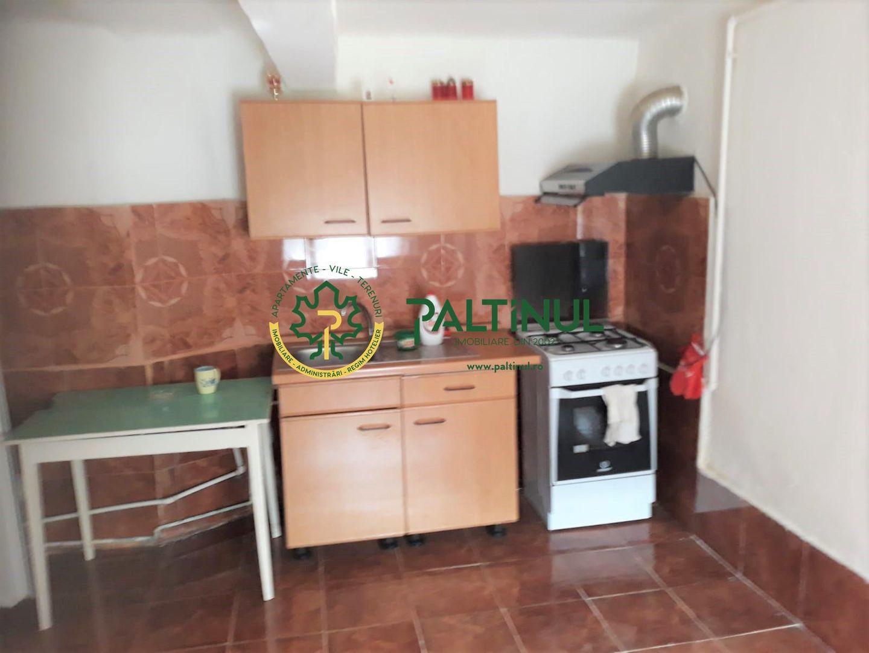 Garsoniera la casa in Cisnadie zona centrala