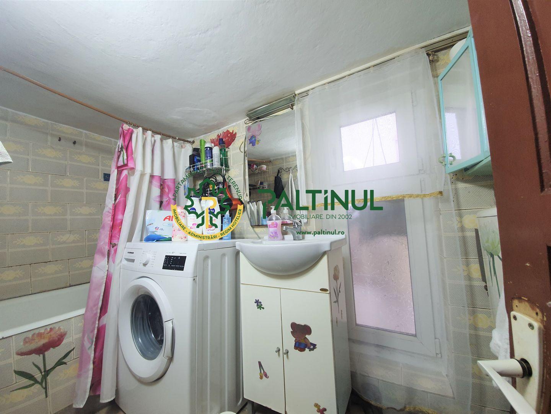 Casa singur in curte zona Lazaret