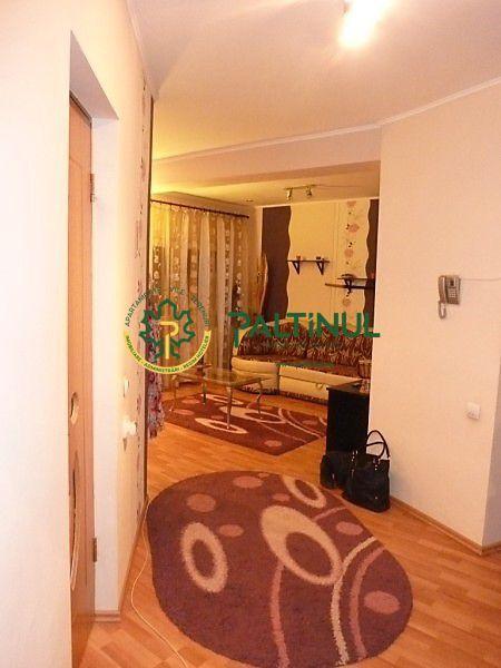 Apartament doua camere, zona Strand