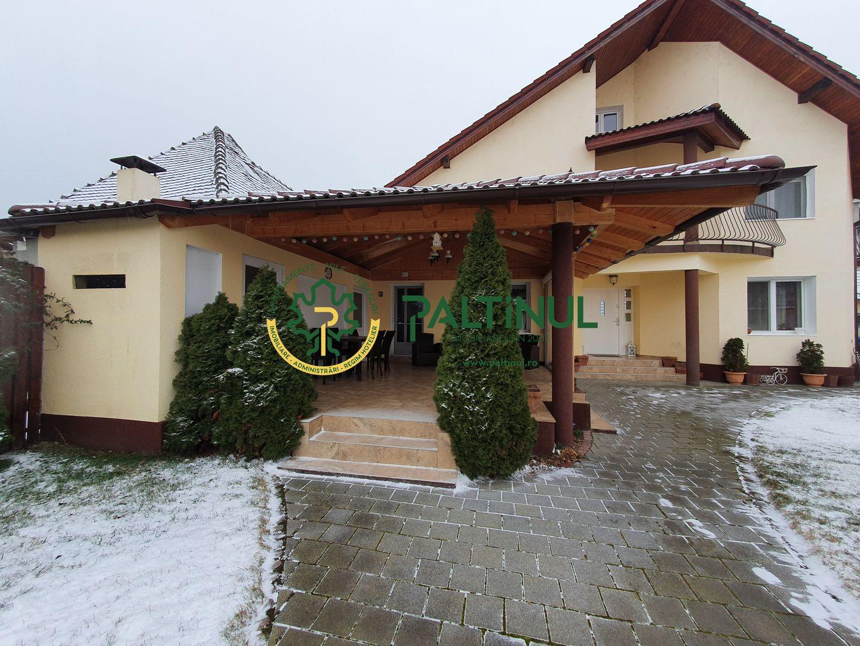 Casa deosebita zona Calea Poplacii aproape de Parcul sub Arini