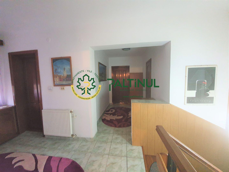 Casa cu 6 camere in Terezian