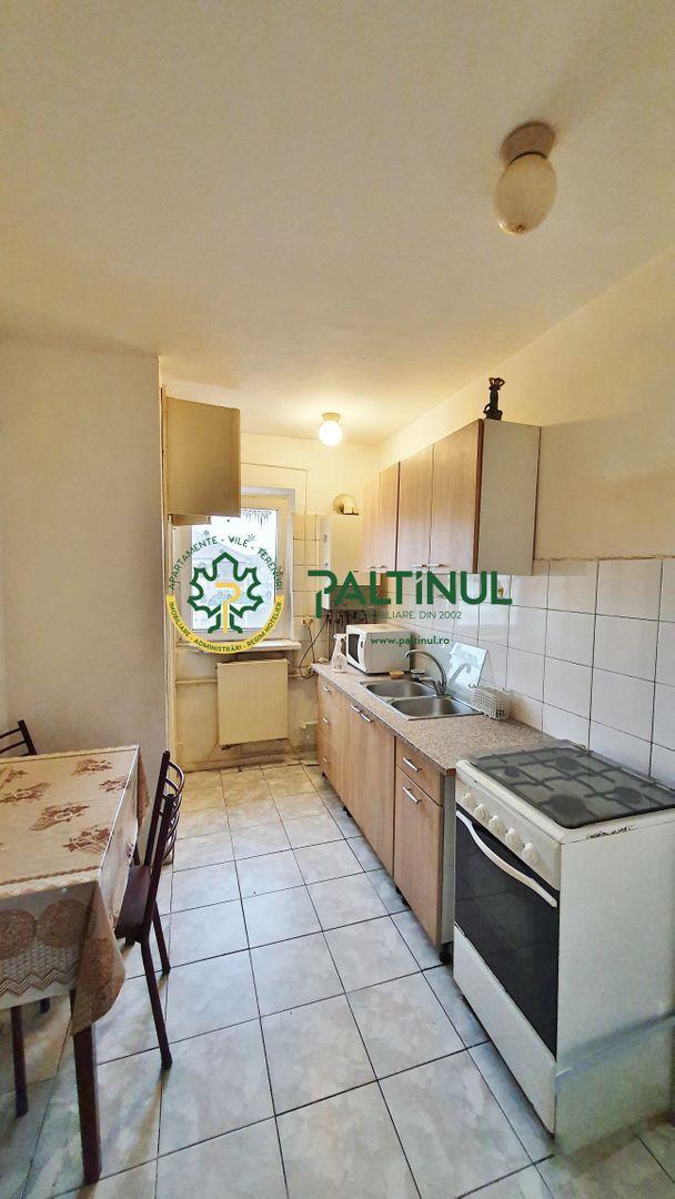 Apartament 3 camere, zona Valea Aurie