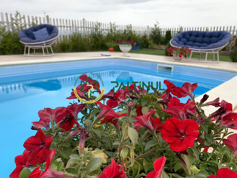 Casa cu piscina si gradina, zona Sura Mica