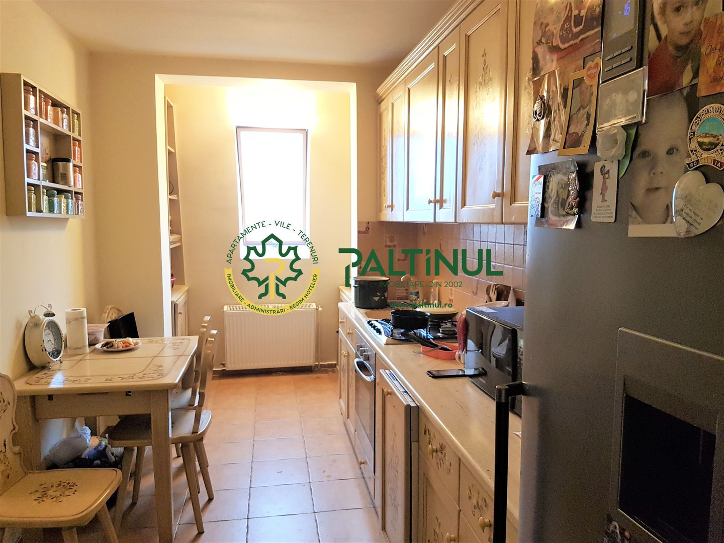 8 room Apartment for sale