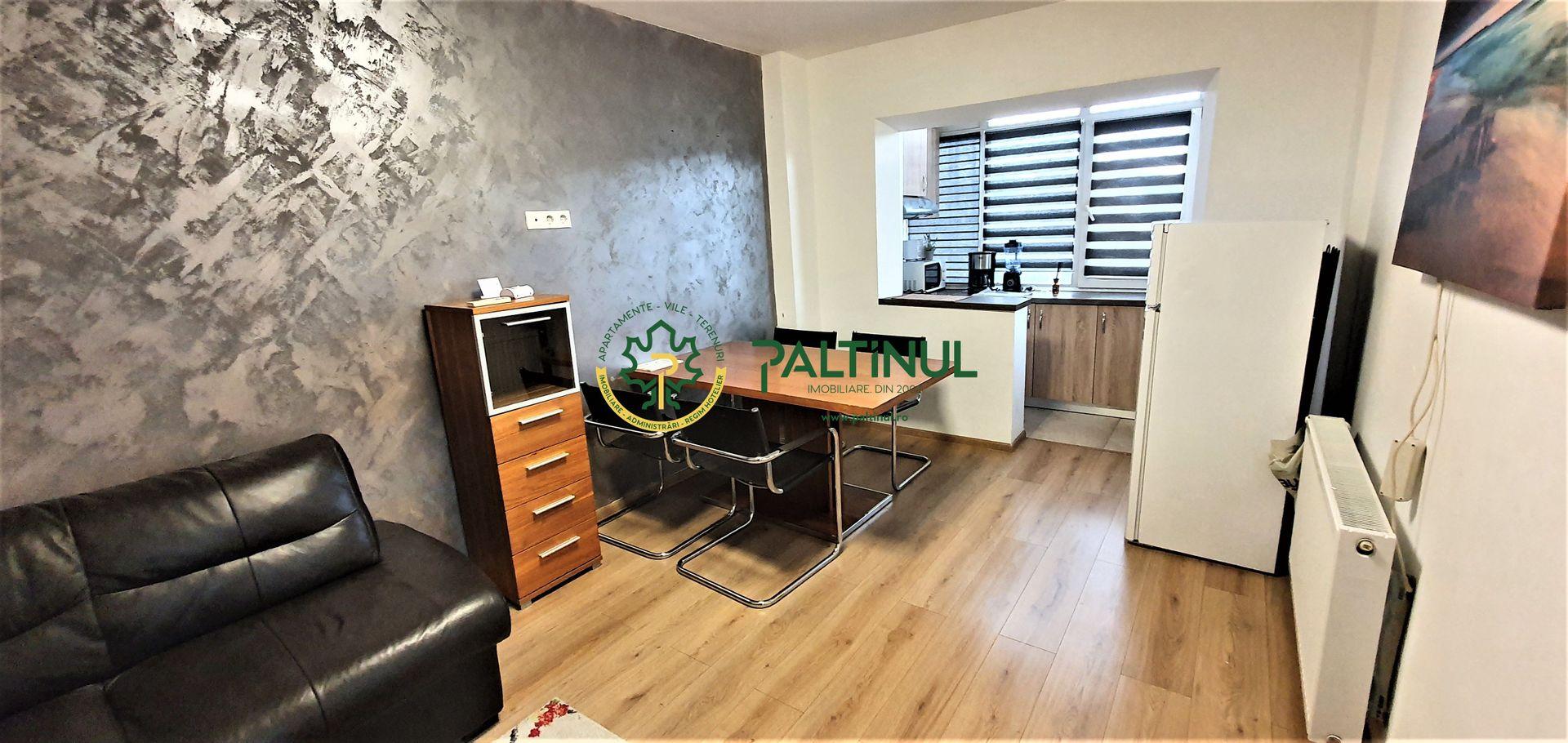 Apartament cu 3 camere de închiriat   Bld. Mihai Viteazul