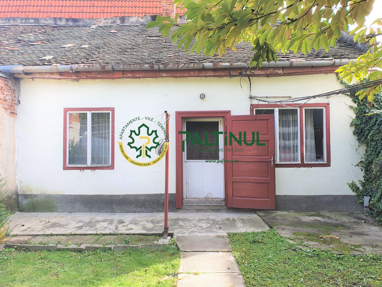 Casa singur in curte  cu teren PIATA CLUJ